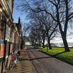 Ontdek het prachtige historische stadje Buren